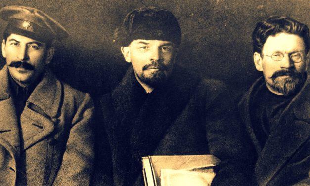 Ο Τρότσκι με μέτρο τον Στάλιν