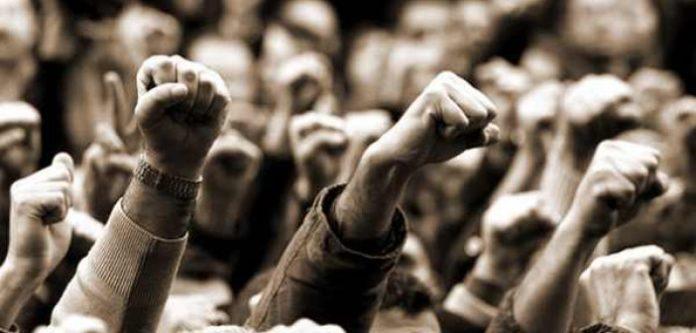 Απέναντι στη θανατοπολιτική του κράτους και του κεφαλαίου να κρατήσουμε ζωντανές τις πρακτικές της αλληλεγγύης και της αλληλοβοήθειας.