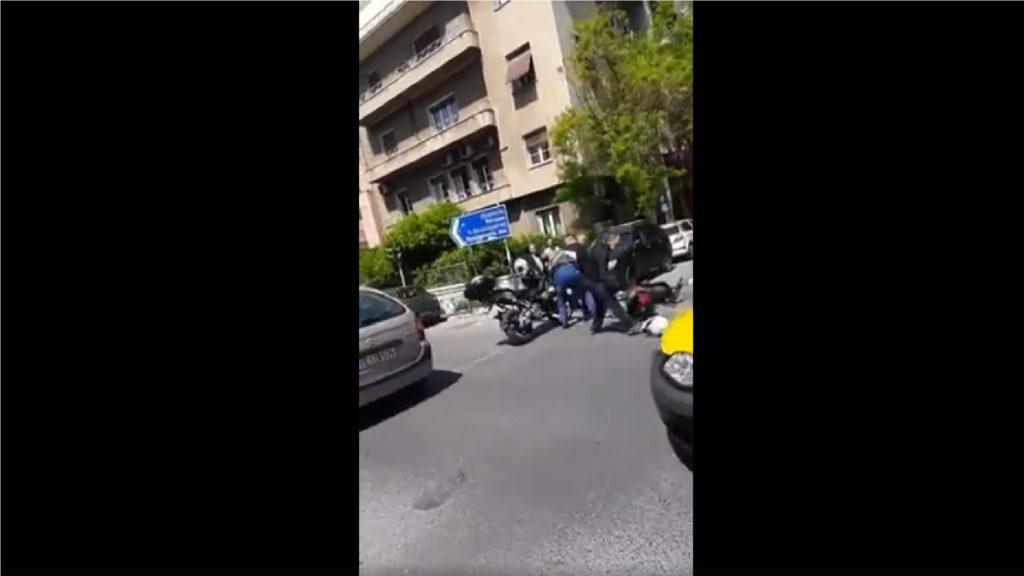 Τραμπουκισμοί μπάτσων στο κέντρο της Αθήνας