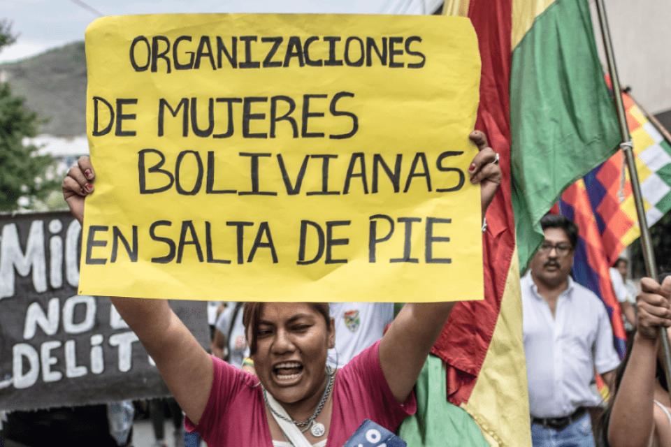 Μαζικοί αποκλεισμοί στη Βολιβιανή Γενική Απεργία ενάντια στις εκλογικές καθυστερήσεις από το καθεστώς της Άκρας Δεξιάς