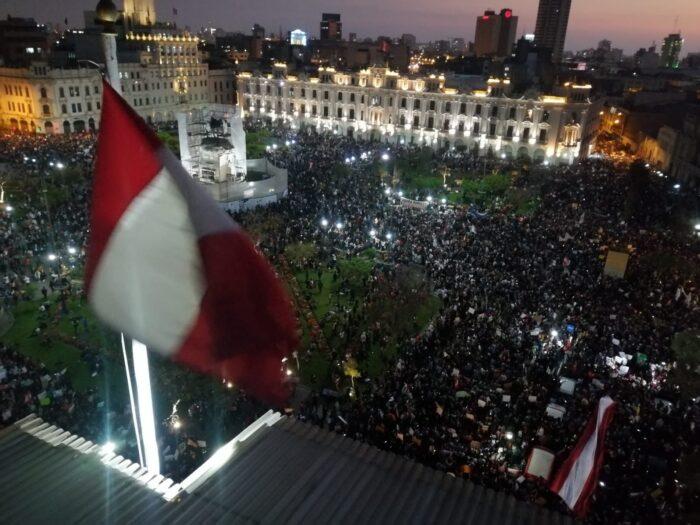 Εξέγερση στο Περού: Μια αναφορά από τους δρόμους της Λίμα