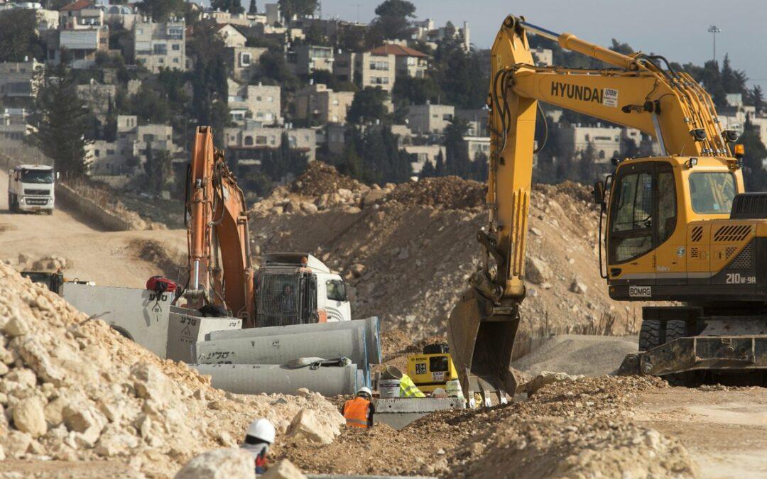 Επέκταση και μαζική έξωση: Το Ισραήλ «εκμεταλλεύεται» τα ύστερα του Τραμπ