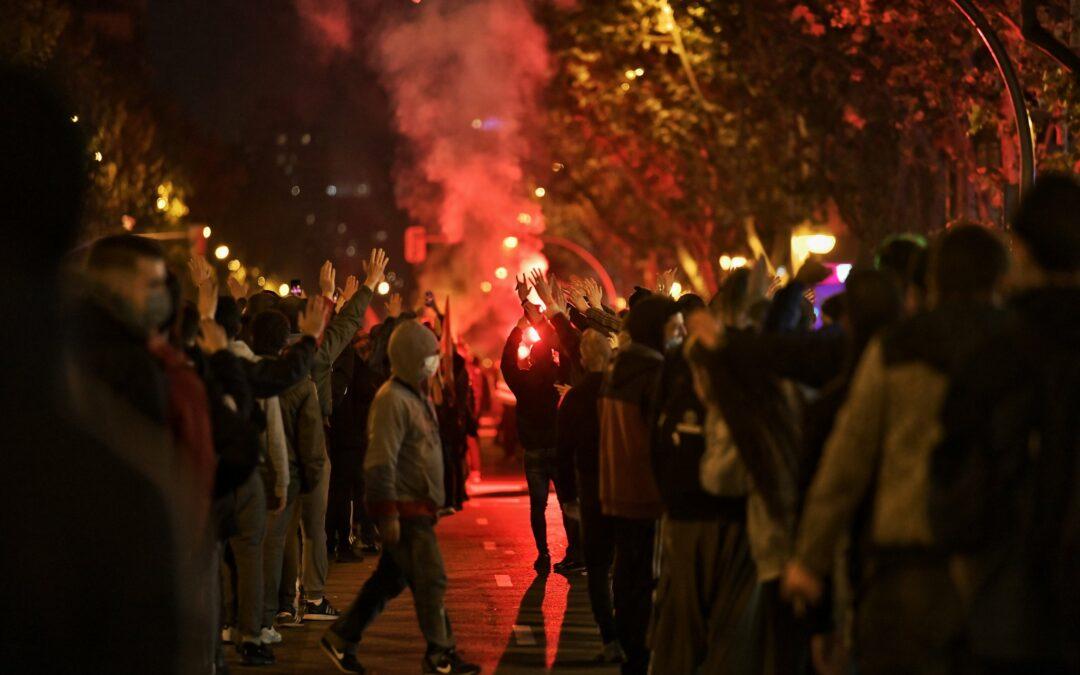 [Video] Δράση αντιφασιστών εκεί που δολοφονήθηκε ο 16χρονος Κάρλος Παλομίνο