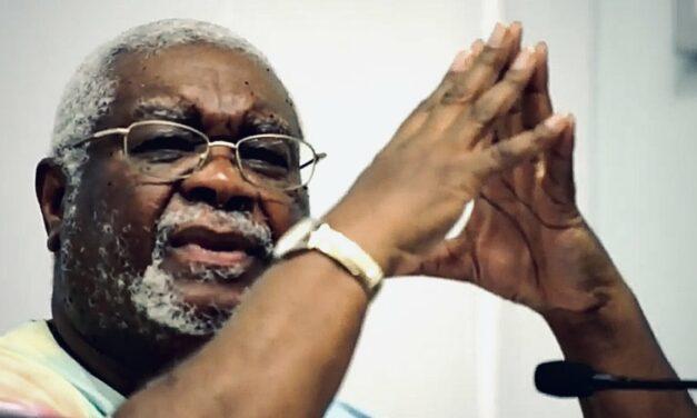 Ακυβέρνητοι: Μια συνέντευξη με τον Lorenzo Kom'boa Ervin