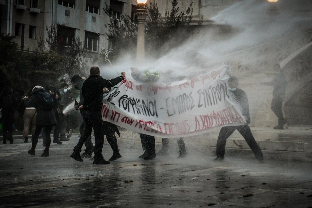 Αποδομώντας τα ψέματα της αστυνομίας για τη διαδήλωση που χτυπήθηκε στις 5 Μαρτίου (Αθήνα)