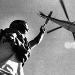 20 χρόνια μετά τη Γένοβα. Το νέο ξεκίνημα ενός παλιού πολέμου