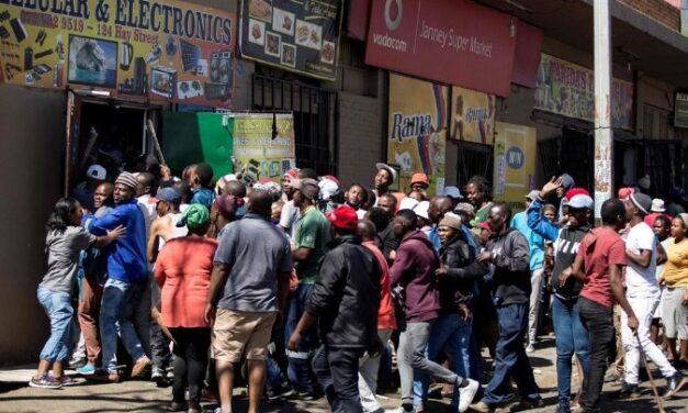Νότια Αφρική: Ιστορική ρήξη ή εσωκομματικές αντιπαλότητες;