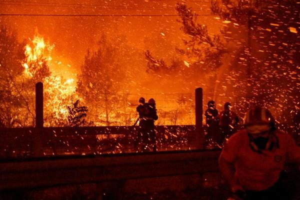 Δεν είναι η ανθρωπότητα που καίει τον πλανήτη