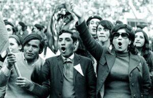 Χιλή | Σχεδόν μισό αιώνα μετά το στρατιωτικό πραξικόπημα, δεν μπορούμε ούτε να ξεχάσουμε, ούτε να συγχωρήσουμε. ΔΕΝ ΞΕΧΝΑΜΕ τον αγώνα [...]