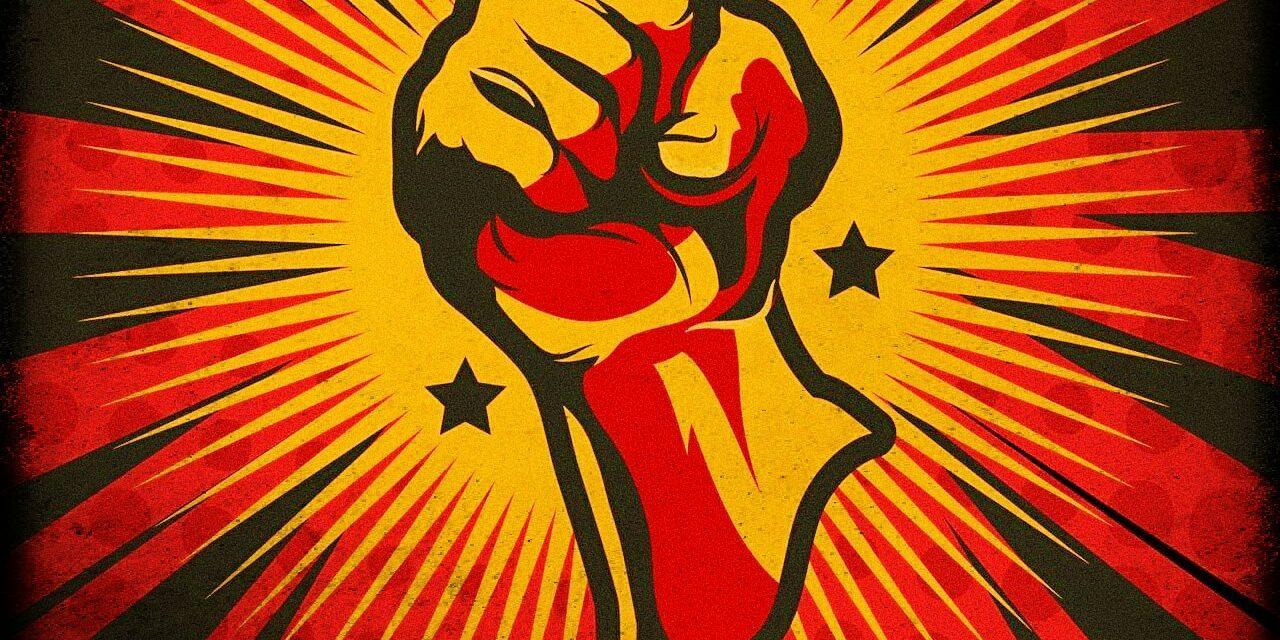Αλληλεγγύη στην απολυμένη εκπαιδευτικό από τα Αρσάκεια Πάτρας