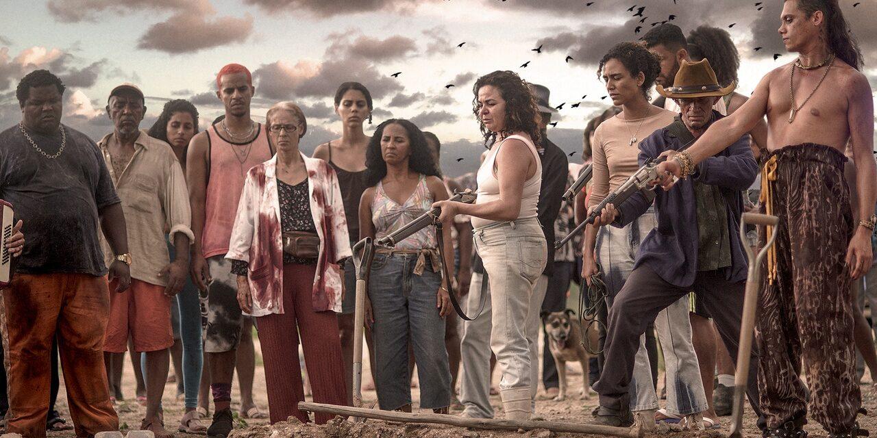 Η ταινία Bacurau μας καλεί να αποφασίσουμε σε ποια κοινότητα θέλουμε να ζήσουμε